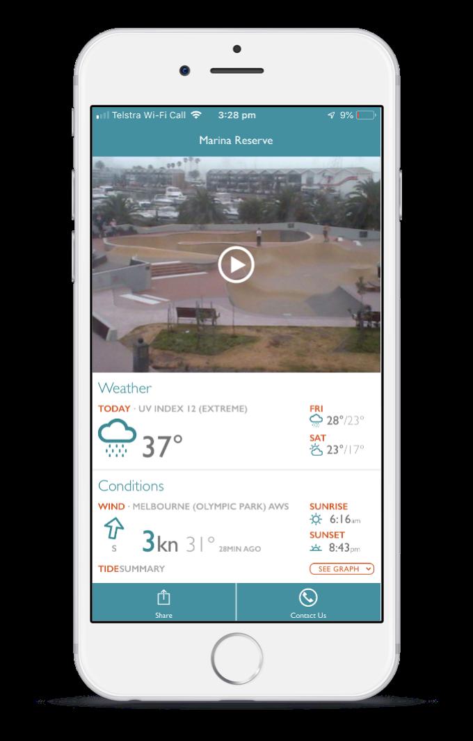Live Stream 3 Crowns Technologies St Kilda Marina Reserve webcam